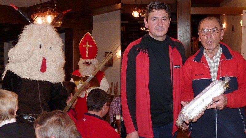 Neben Krampus und Nikolaus von links (nicht zu verwechseln) 2. Schützenmeister Stefan Prantler und Johann Klinger, Sieger des Nikolaus-Schießens der SG Almenrausch Perach.